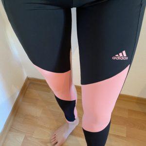 Hautenge Schwarz/NEON Sportleggings von Adidas