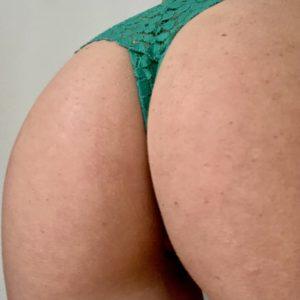 Sexy farbiger grüner Slip mit Spitze